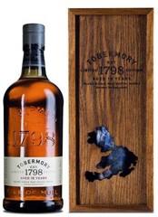 tobermory single men Tobermory er det eneste destilleri på isle of mull ud for skotlands vestkyst,  men vi fandt ikke noget  skotsk single malt whisky island tobermory.